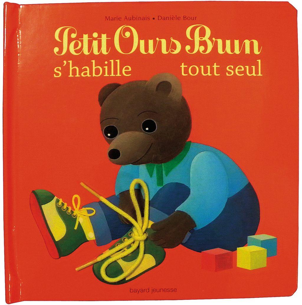 Couverture de «Petit Ours Brun s'habille tout seul – livre à matières»